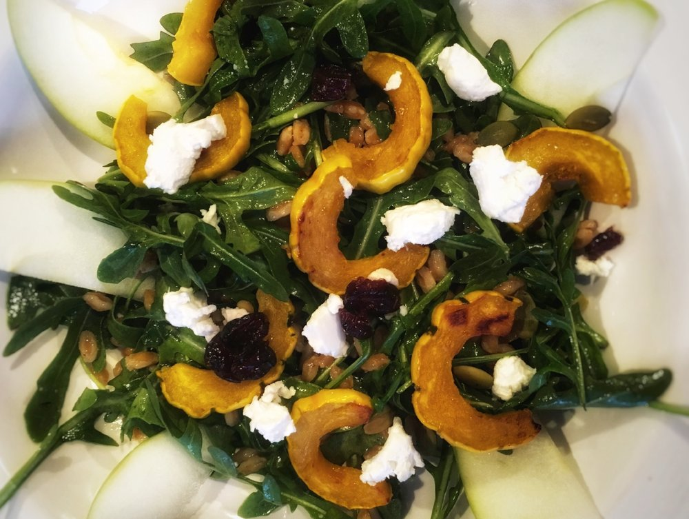 Roasted Delicata Squash, Arugula and apple salad.JPG