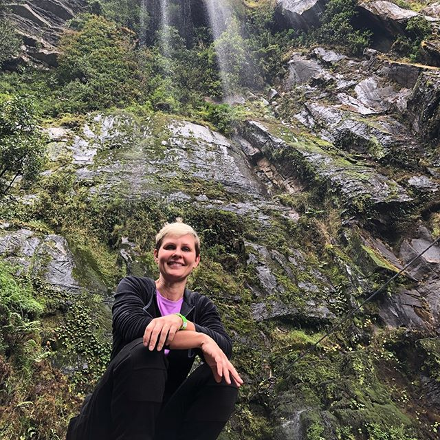 Bogotá Colombia... Thoroughly enjoyed taking a time out of the busy city to enjoy a 4 hour hike to view the falls at La Chorrera, 60th tallest falls in the world. 🥾  Hiking and connecting to nature for me is an opportunity to feel part of something bigger, to create space in my mind and in my heart, to breath in new oxygen and new life into my lungs, my soul, my dreams and to let go of any thoughts that are in my way. 🌳🌿🌱