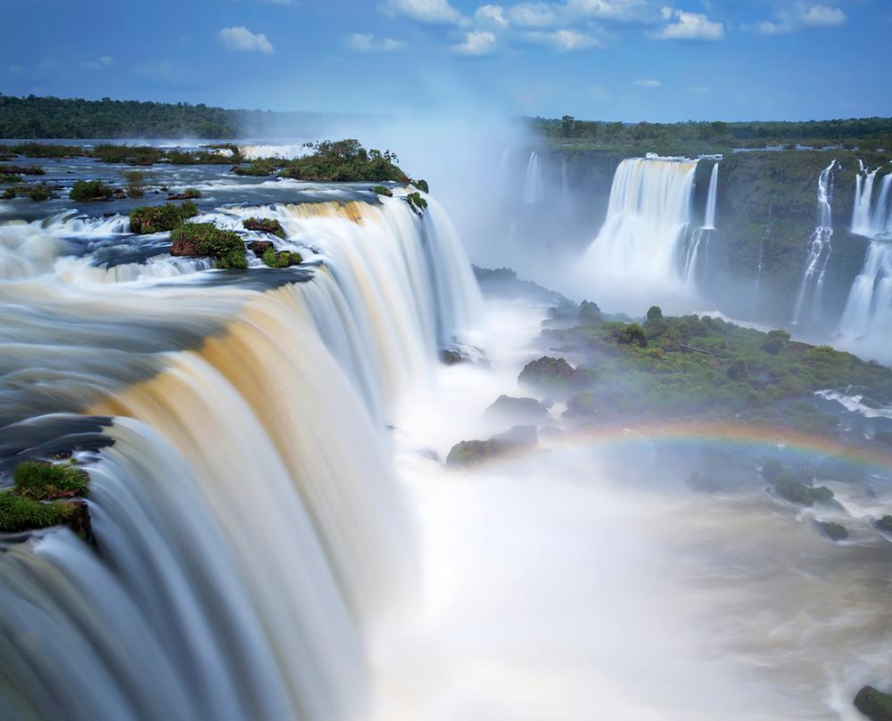 iguazu_falls_brazil.png