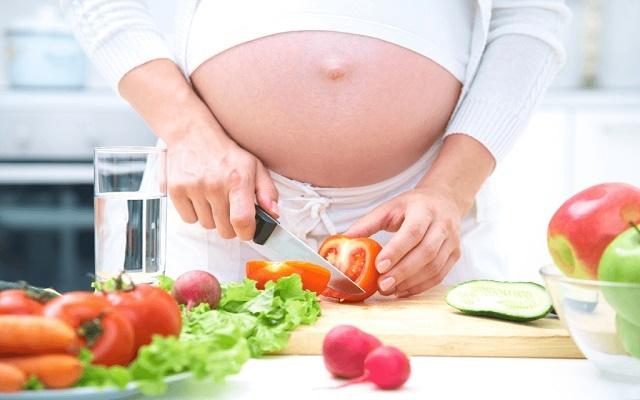 ibu-hamil-vegetarian.jpg