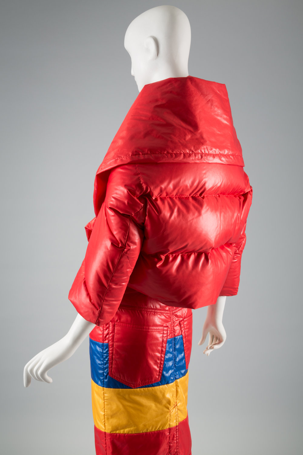 Expedition: Fashion from the Extreme Junya Watanabe, Comme des Garçons, ensemble, fall/winter 2004, Japan. © The Museum at FIT