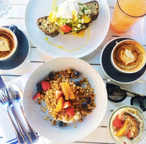 On Dudley's menu there are too many delicious options to choose from! We went for the avocado toast and bircher museli...yum!