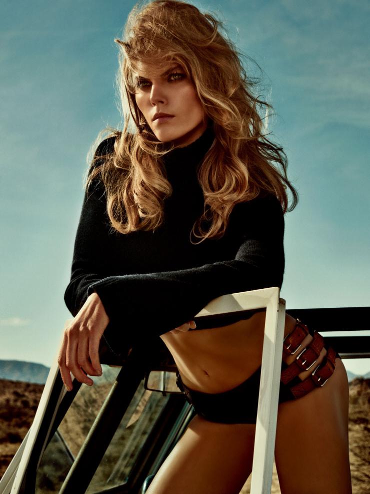 Giovanna-Battaglia-Vogue-Japan-Warmth-of-the-Desert-Sun-3.jpg