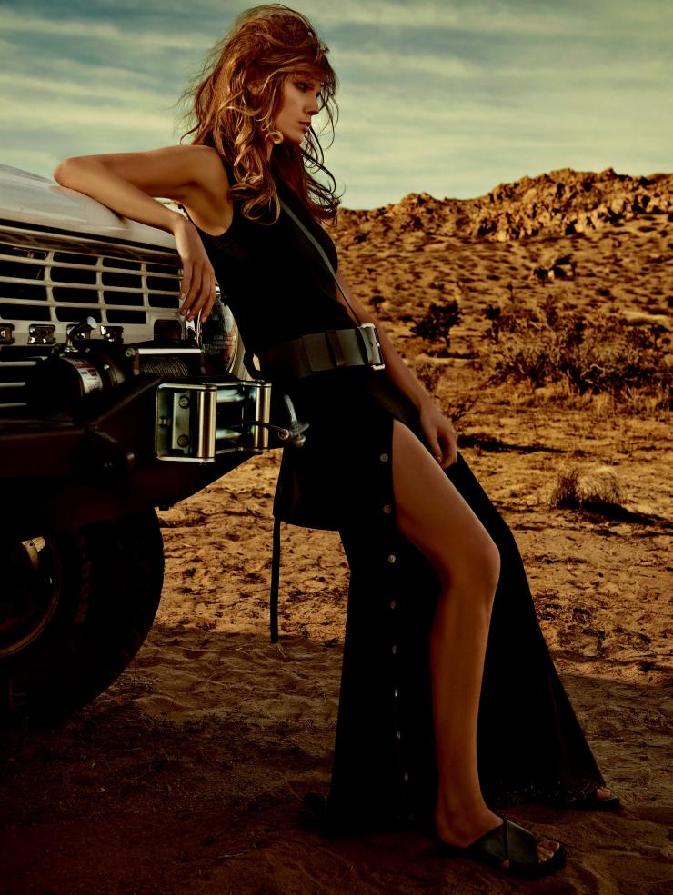 Giovanna-Battaglia-Vogue-Japan-Warmth-of-the-Desert-Sun-5.jpg