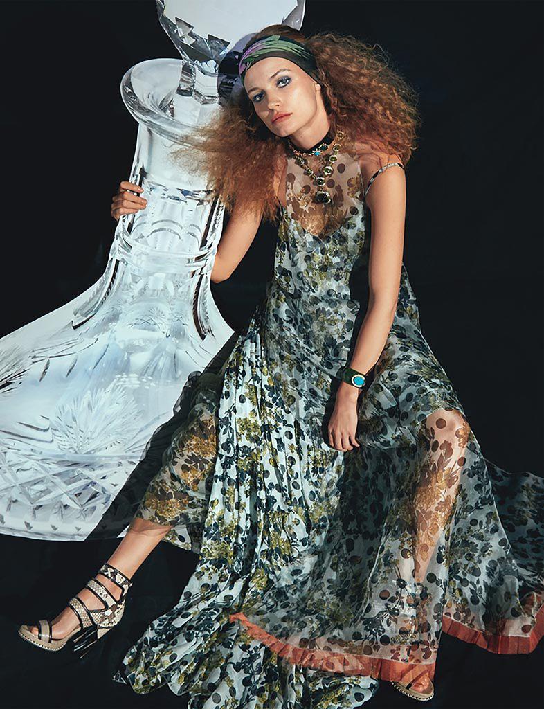Giovanna-Battaglia-W-Magazine-Edita-Vilkeviciute-June-2015-9.jpg