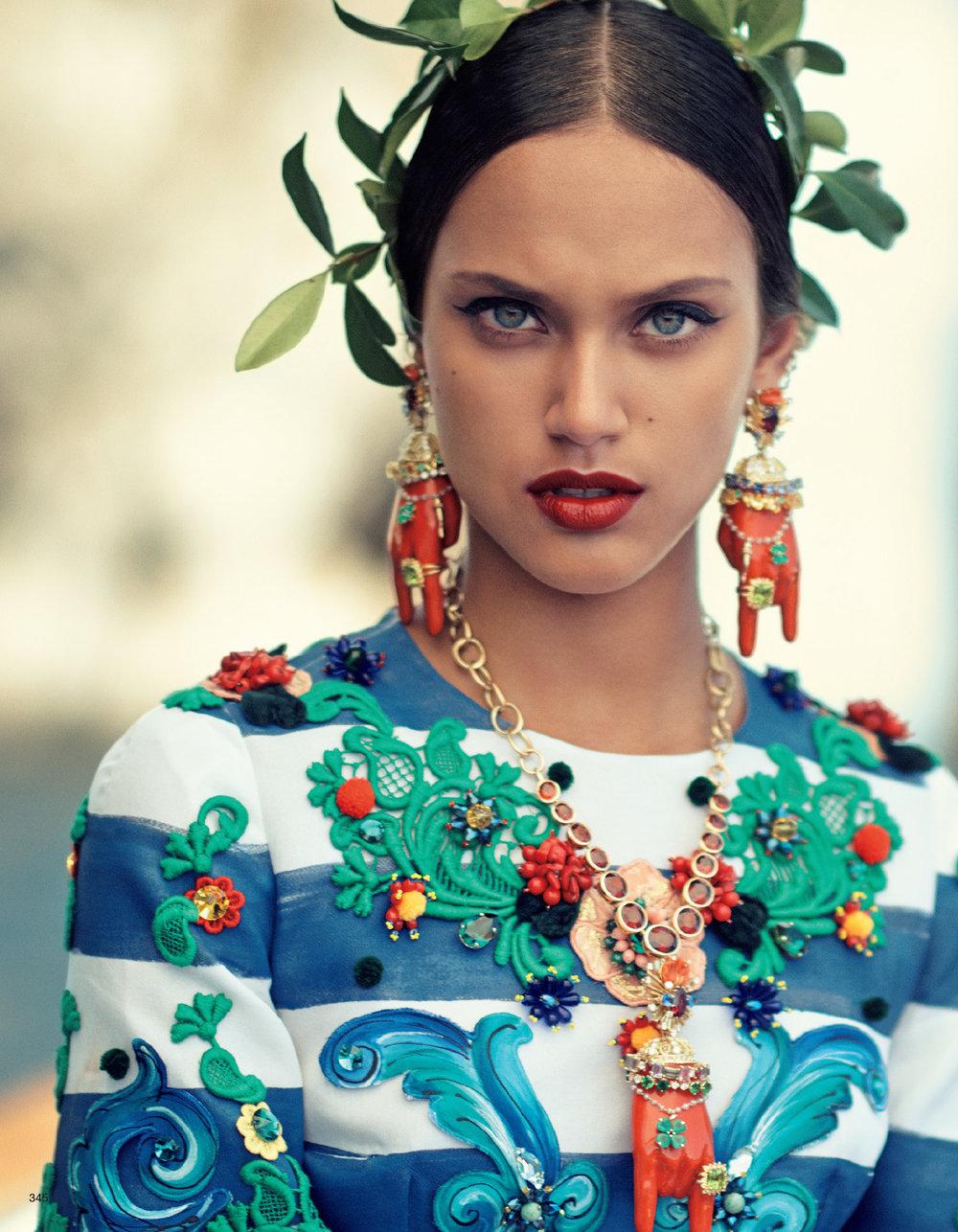 Giovanna-Battaglia-La-Canzone-Del-Mare-Vogue-Japan-03.jpg