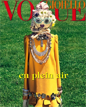 Giovanna-Battaglia-Vogue-Gioiello-30-Thirty-Years-of-Golden-Dreams-2-Paolo-Spinazze-En-Plean-Air.jpg