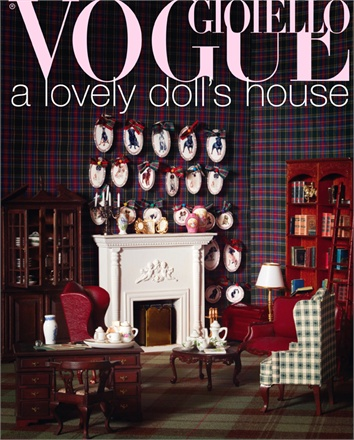 Giovanna-Battaglia-Vogue-Gioiello-30-Thirty-Years-of-Golden-Dreams-10-Michael-Baumgarten-A-Lovely-Dolls-House.jpg