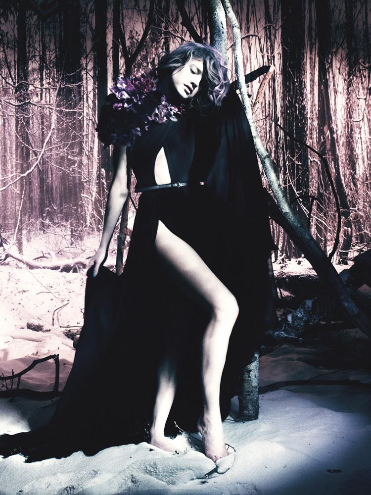 Giovanna-Battaglia-16-The-White-Fairy-Tale-Natalia-Vodianova.jpg