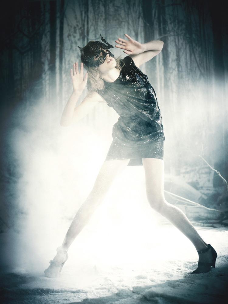 Giovanna-Battaglia-20-The-White-Fairy-Tale-Natalia-Vodianova.jpg