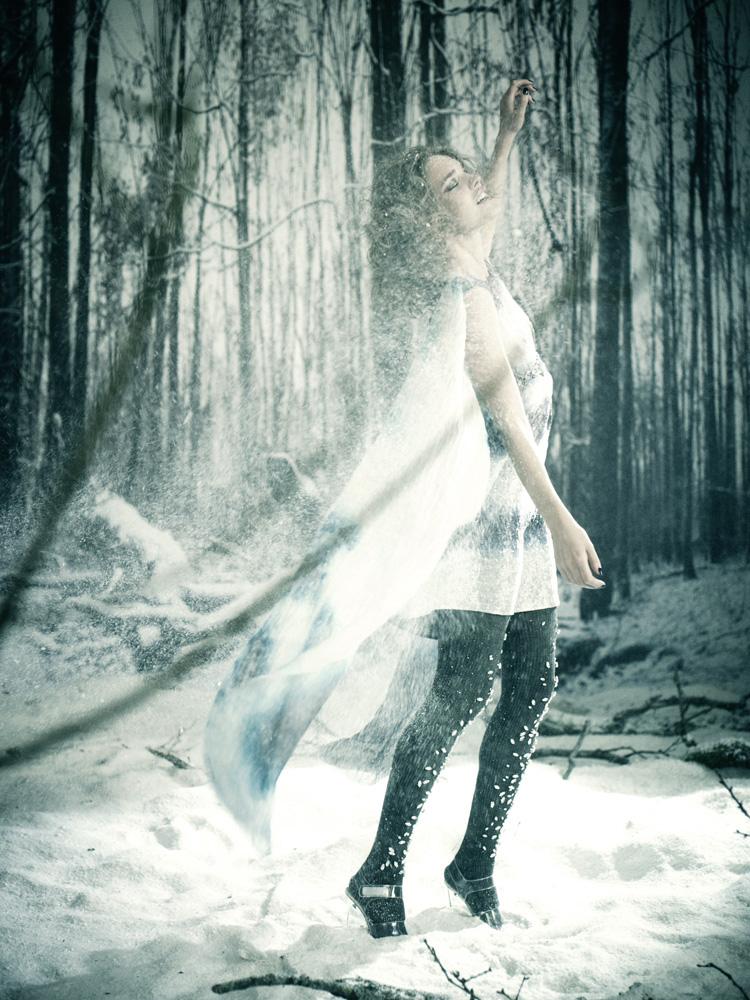 Giovanna-Battaglia-24-The-White-Fairy-Tale-Natalia-Vodianova.jpg