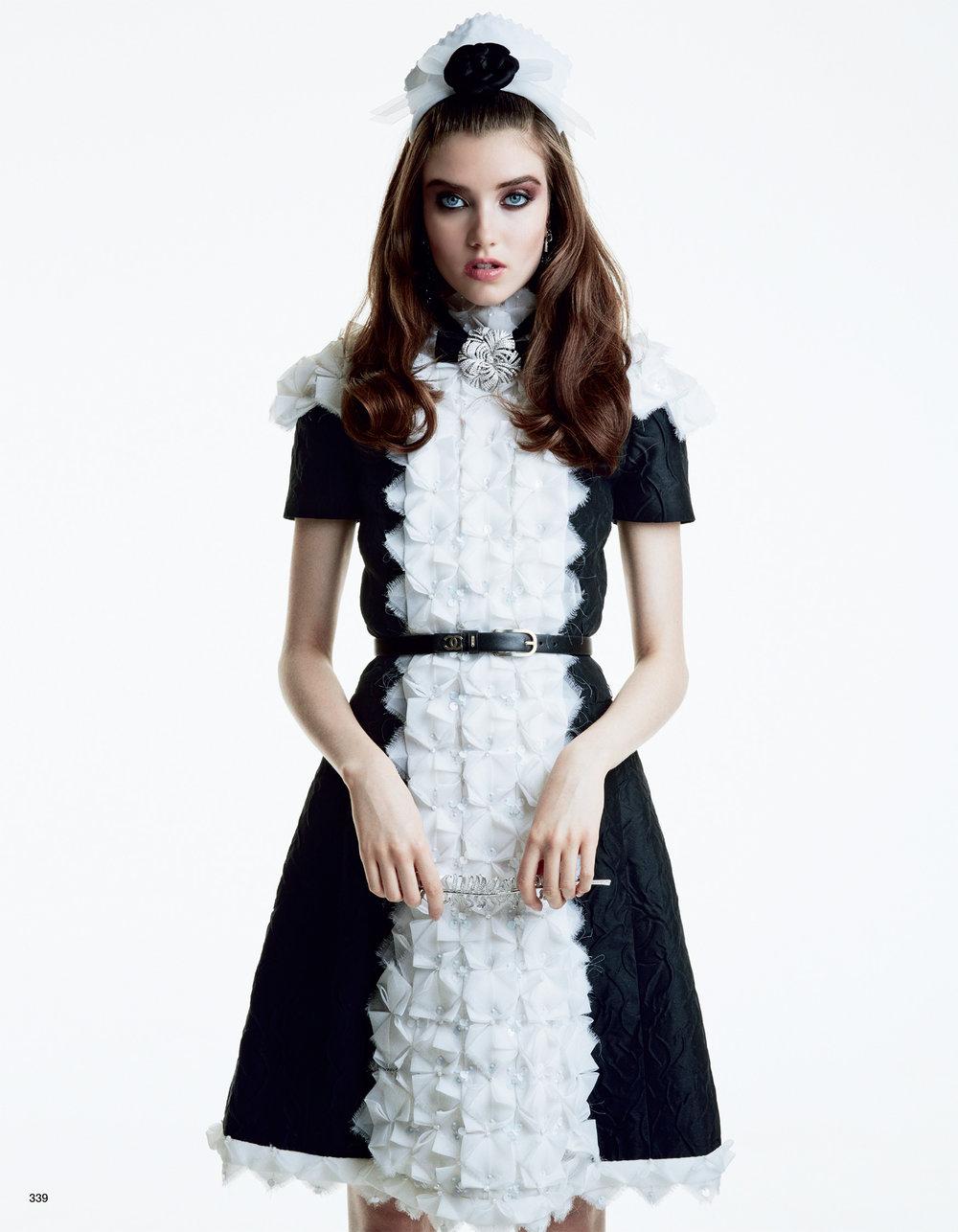 Giovanna-Battaglia-Vogue-Japan-October-2015-Patrick-Demarchelier-2.jpg