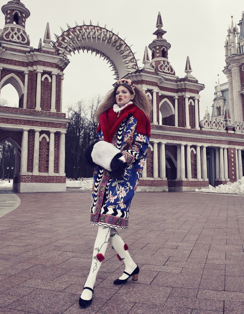 Giovanna-Battaglia-2-The-Anastasia-of-Winter-Vogue-Japan-Emma-Summerton.png