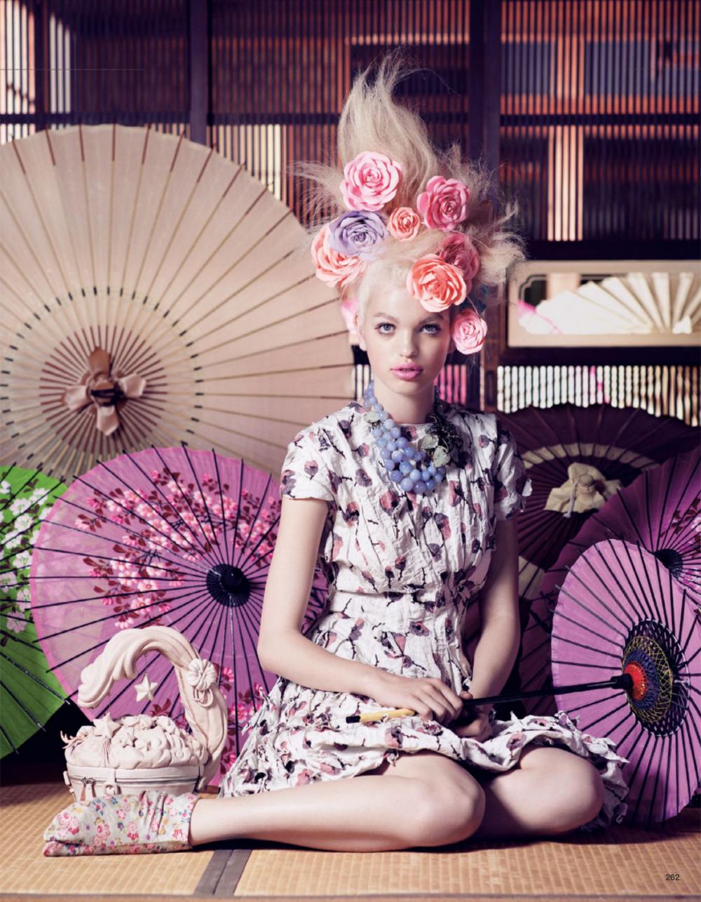 Giovanna-Battaglia-9-The-Secret-Chatter-of-Golden-Monkeys-Vogue-Japan-Mark-Segal.png