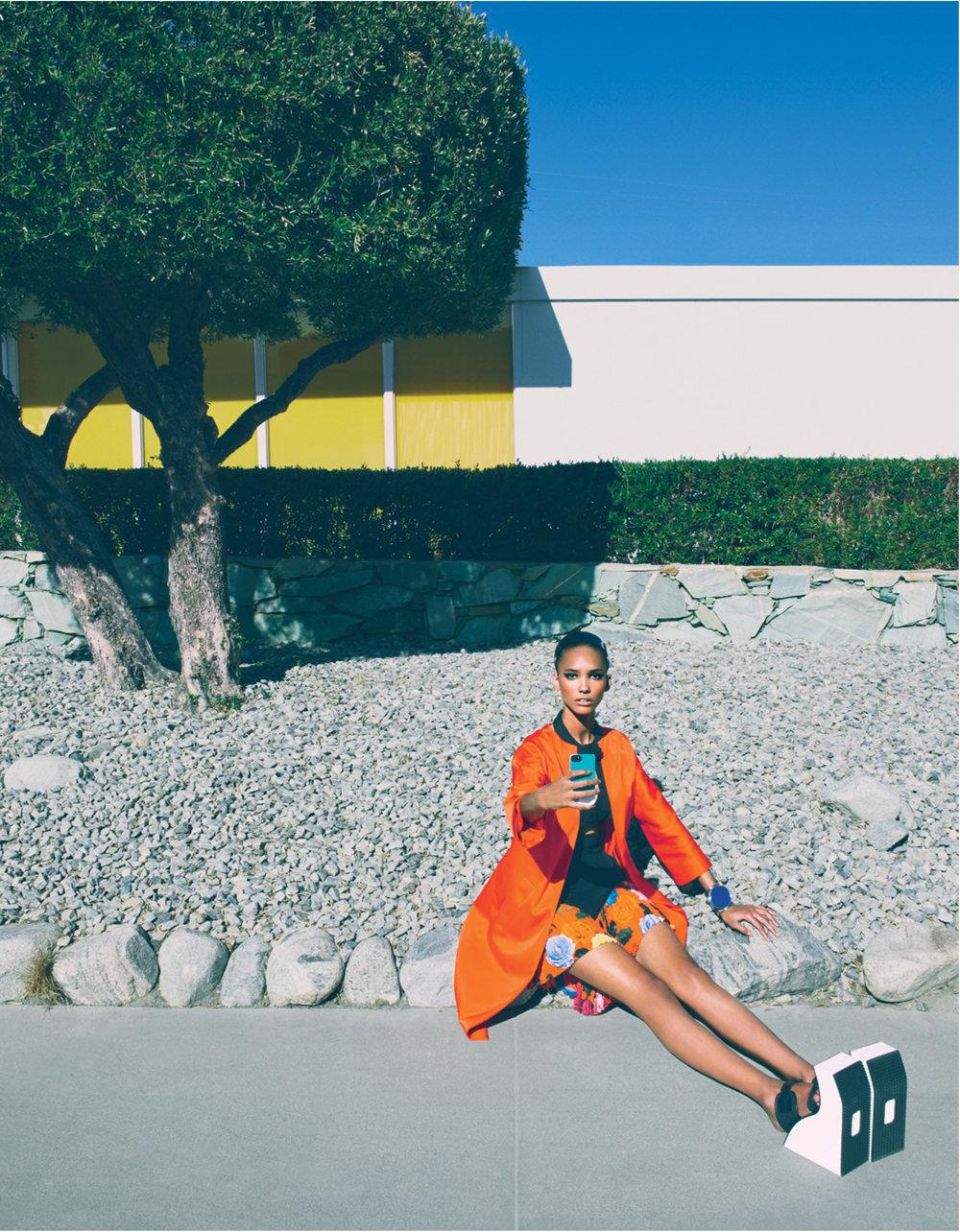 Giovanna-Battaglia-1-Selfie-Absorbed-W-Magazine-Emma-Summerton.jpg
