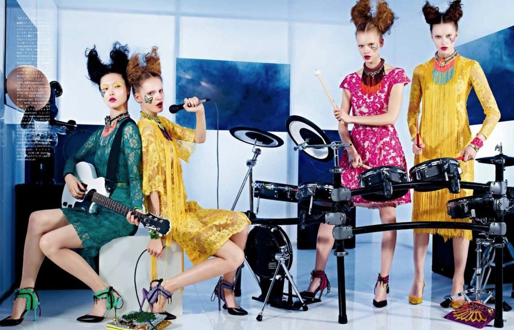 Giovanna-Battaglia-5-Girls-in-the-Band-Vogue-Japan-Sharif-Hamza.jpg