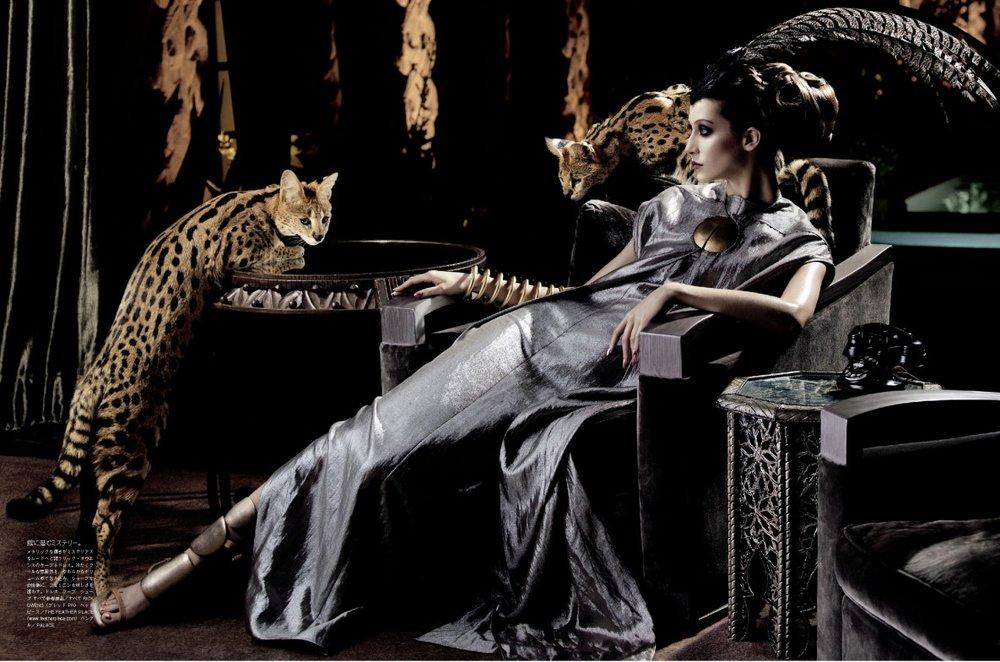 Giovanna-Battaglia-4-The-Enchanting-Promise-Vogue-Japan-Mark-Segal.jpg