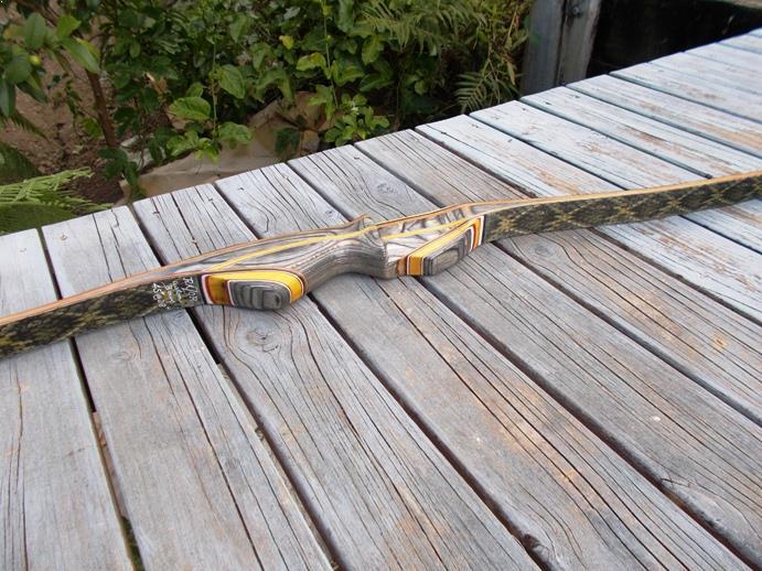 bow-deflex-reflex-actionwood-riser.JPG