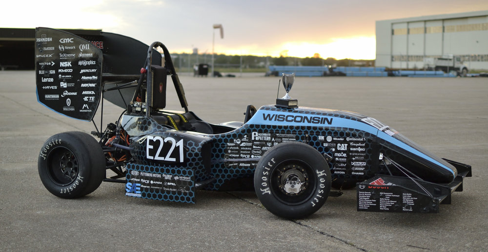 WR-217e with the first place Design trophy at Lincoln competition