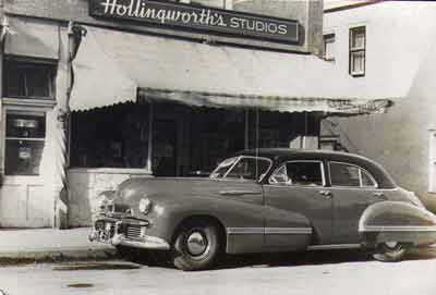 Hollingsworth_Studios_1942.jpg