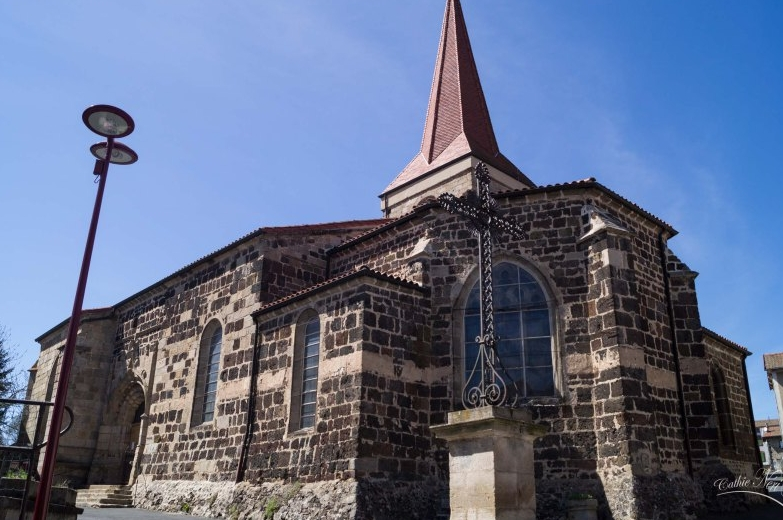 Eglise St Jean Baptiste àCeaux-d'Allègre, France