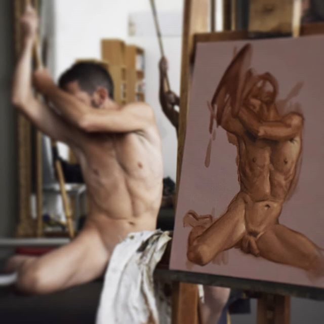 Live model #livemodeldrawing #livemodelpainting #portraitpainting #malenude #malenudepainting #malenudeart #gayart #figurativeart #oilpainting #nudepainting #nudeart #painting #classicalart
