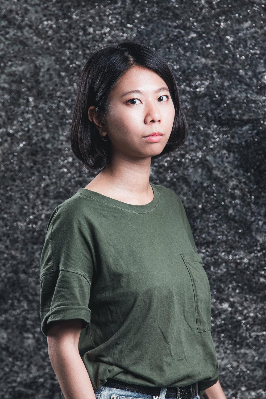 Yang Kai-Mei   Work:  Rolling Days   E.s258220@gmail.com  www.facebook.com/peekpeak/