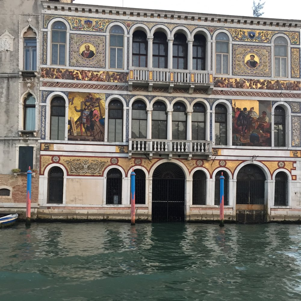 Palazzo on the Grand Canal.JPG