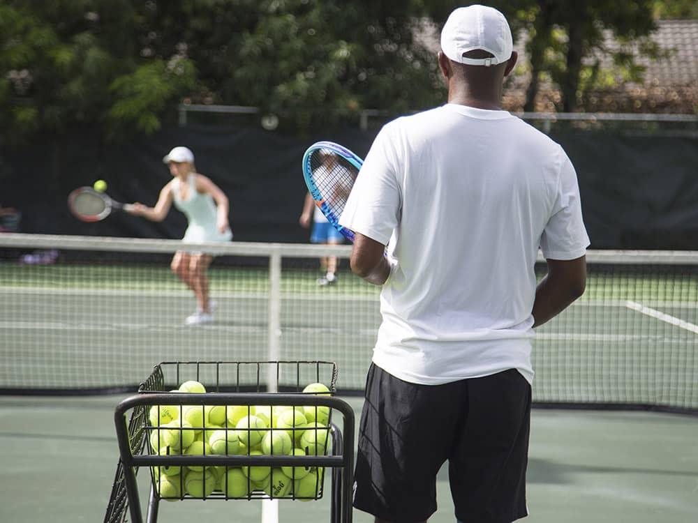 activity_tennis01.jpg