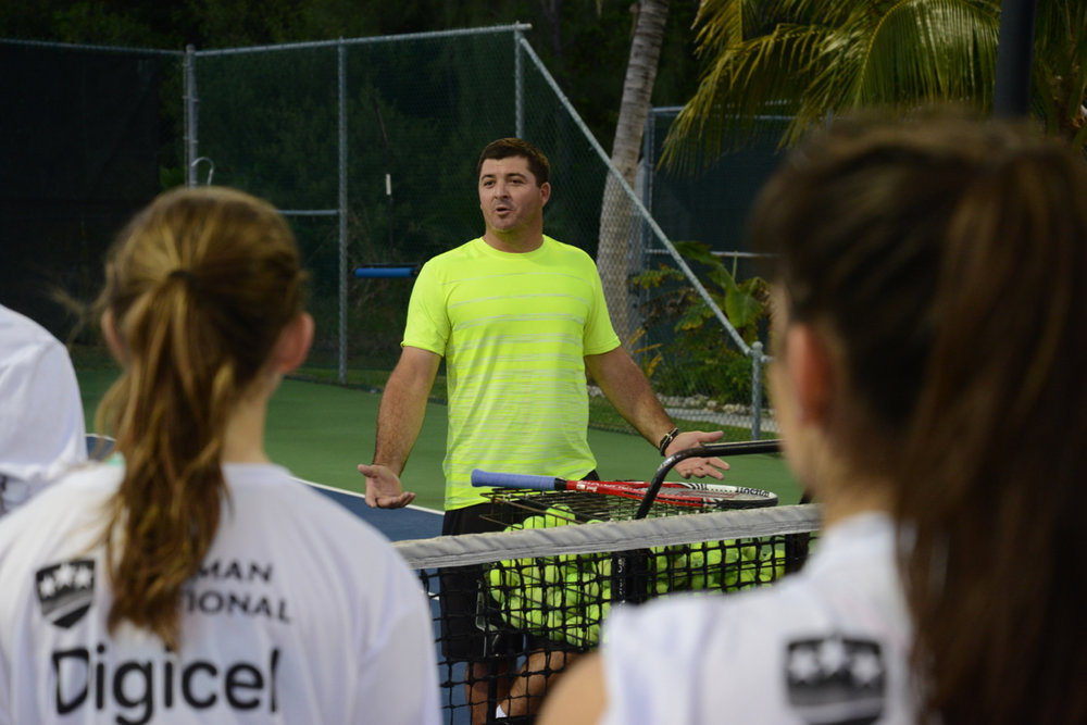 Head Coach Jesse Witten - former Top 100 ATP - at the Cayman Cup Junior Camp