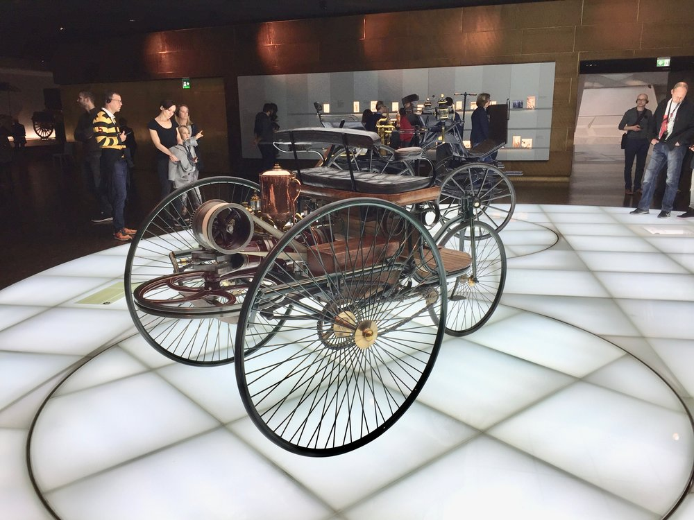 Cars! Cars! Cars...2! A visit to the Mercedes-Benz Museum — Pickle ...
