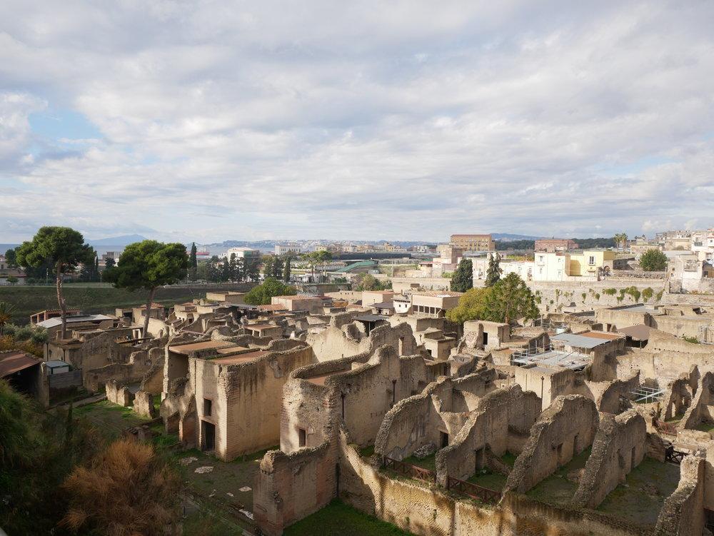 Herculaneum overview.jpg