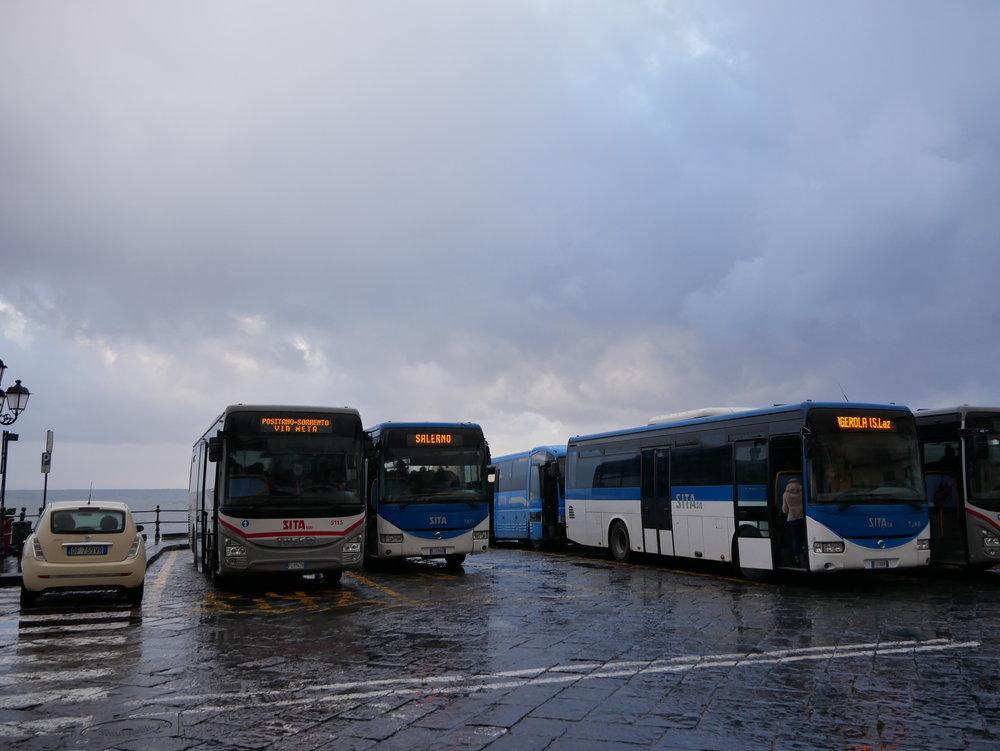 Amalfi bus stop.jpg
