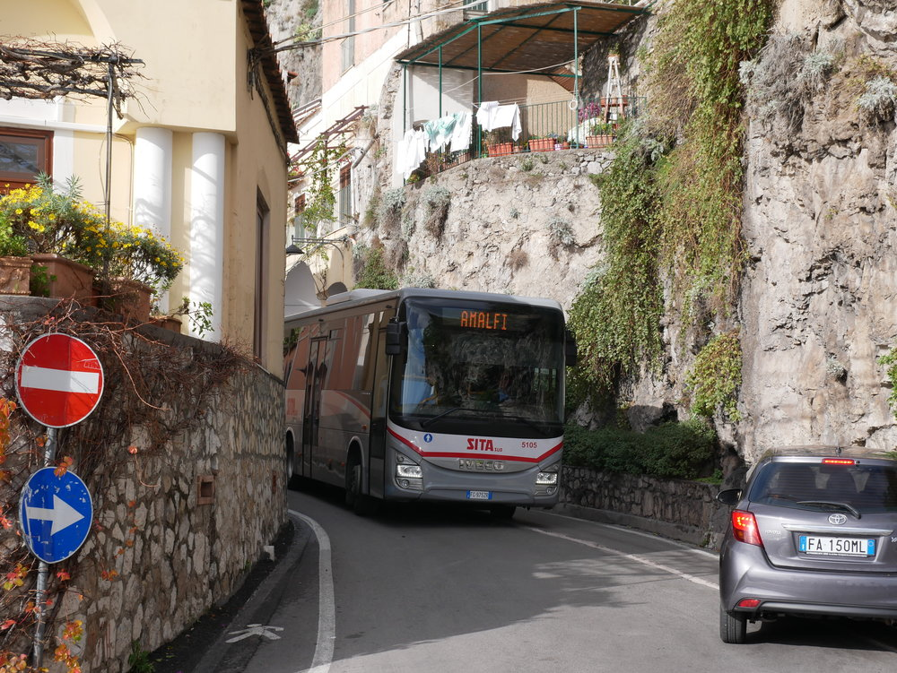 SITA bus negotiating a tight road in Positano.