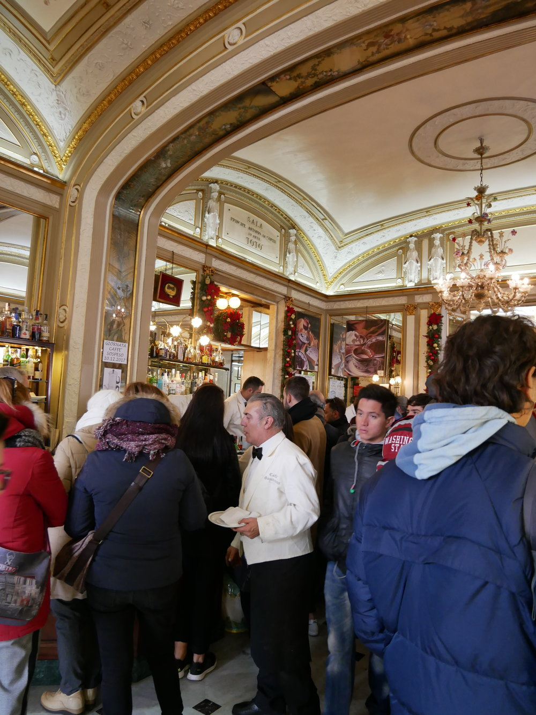Gran Caffe Gambrinus interior.jpg