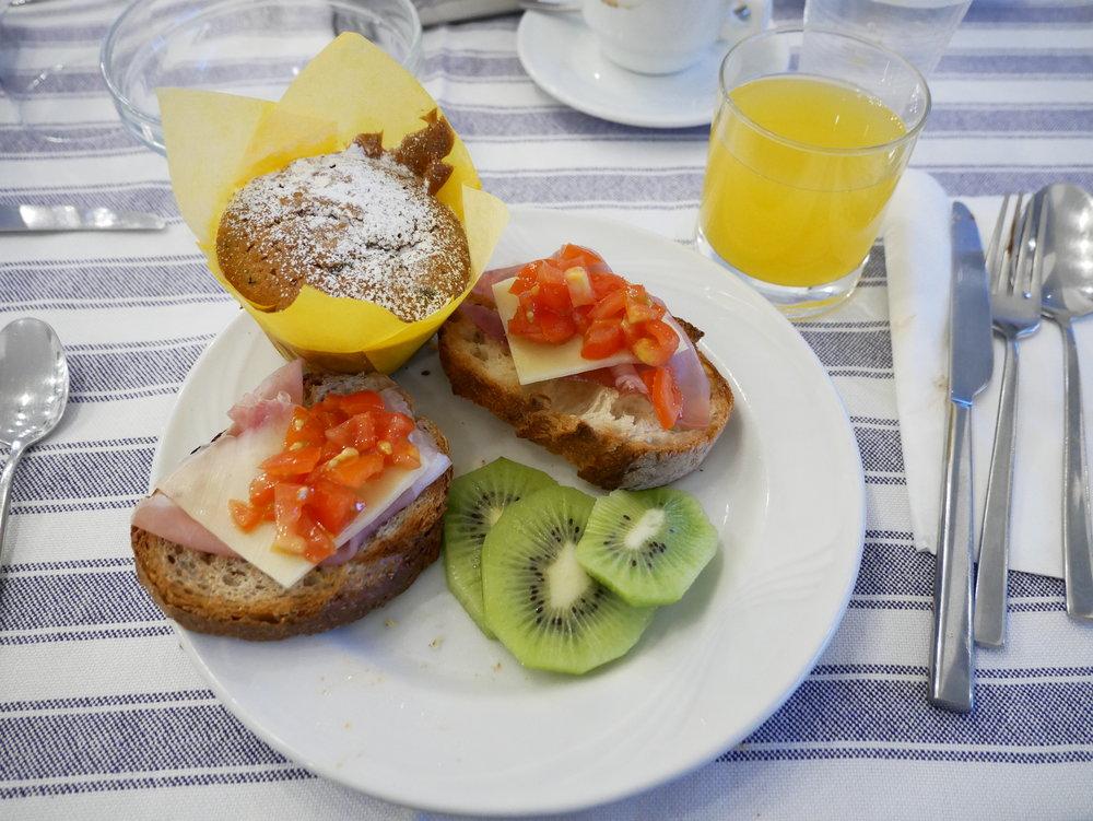 Hotel Mignon Sorrento breakfast plate 2