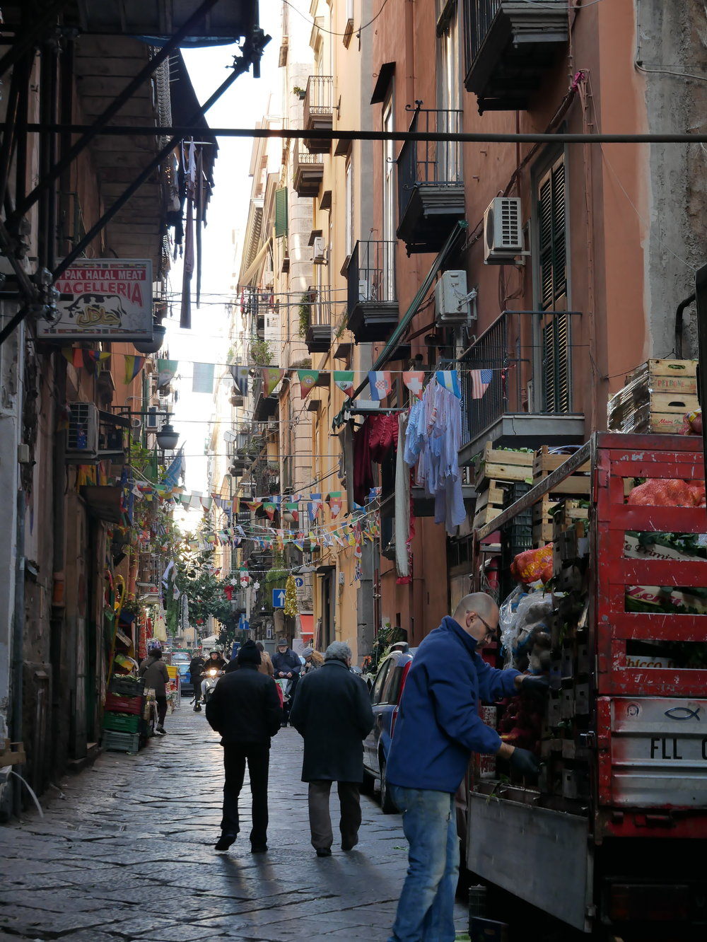 Naples Spanish Quarter.jpg