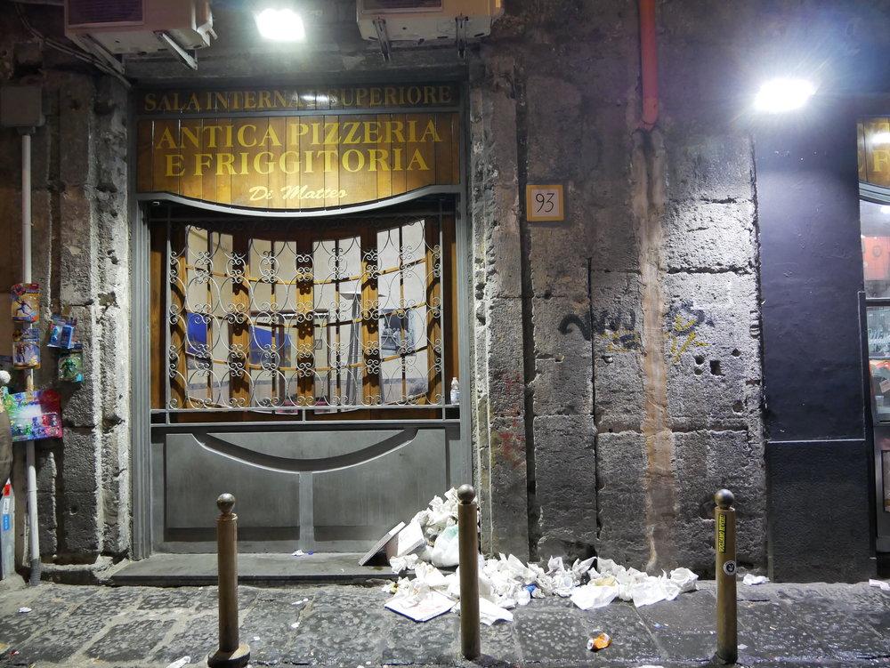 Naples night litter.jpg