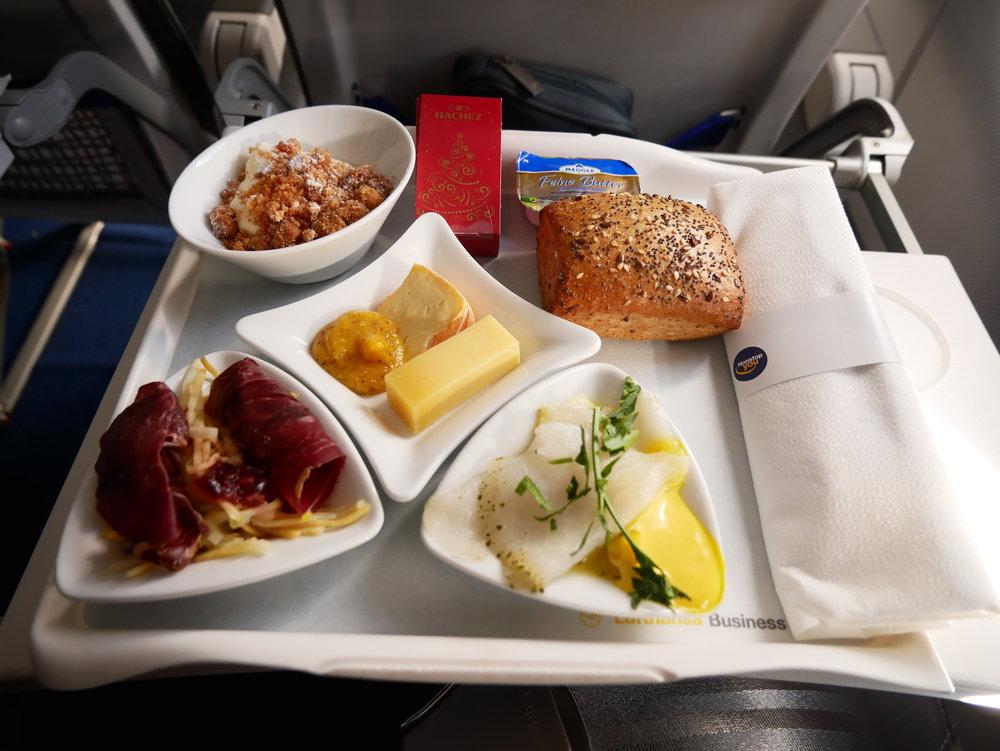 VLC-FRA LH business meal.JPG