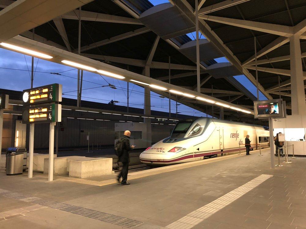 AVE train Valencia-Madrid