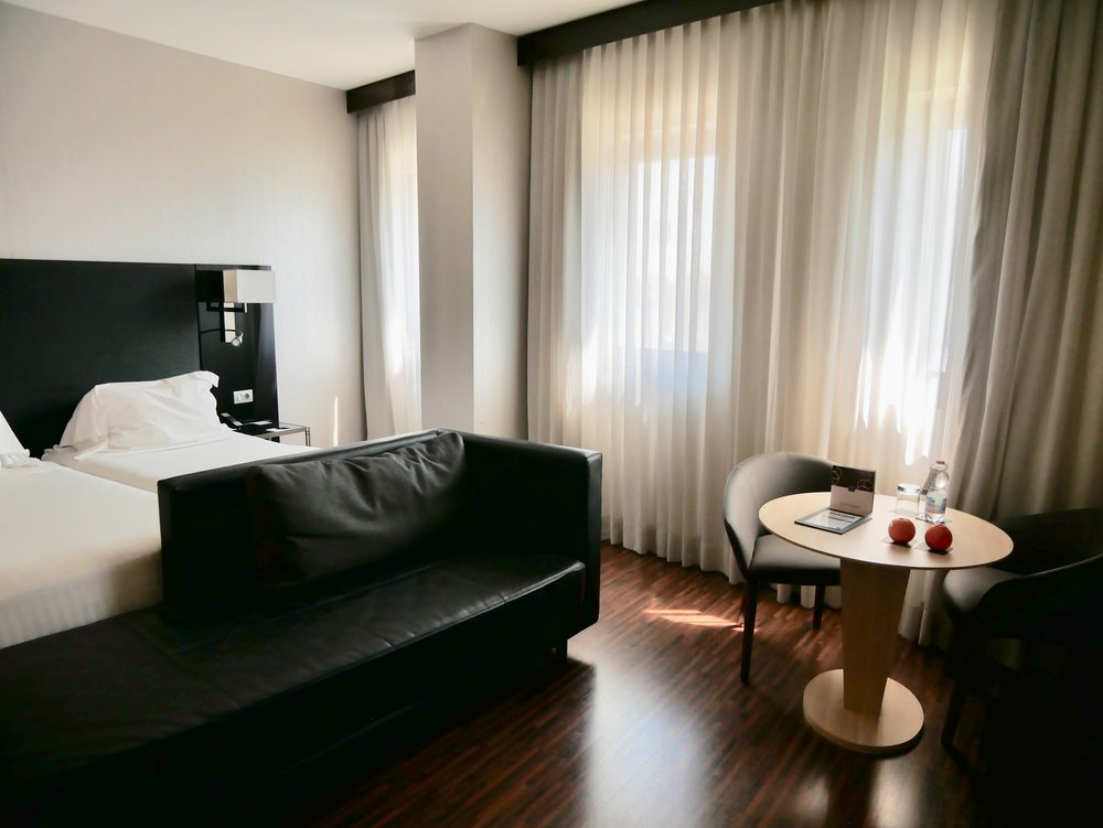 AC Hotel Milano room