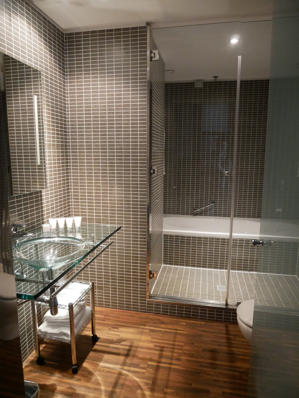 AC Hotel Milano bathroom