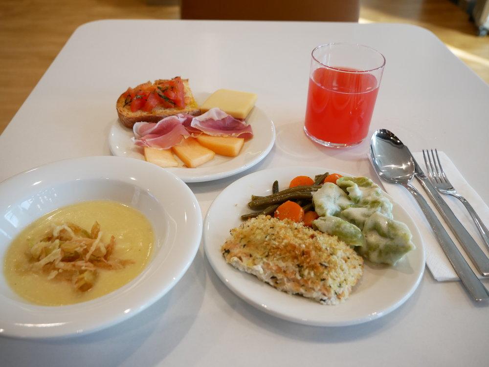 Milan Lufthansa Lounge food