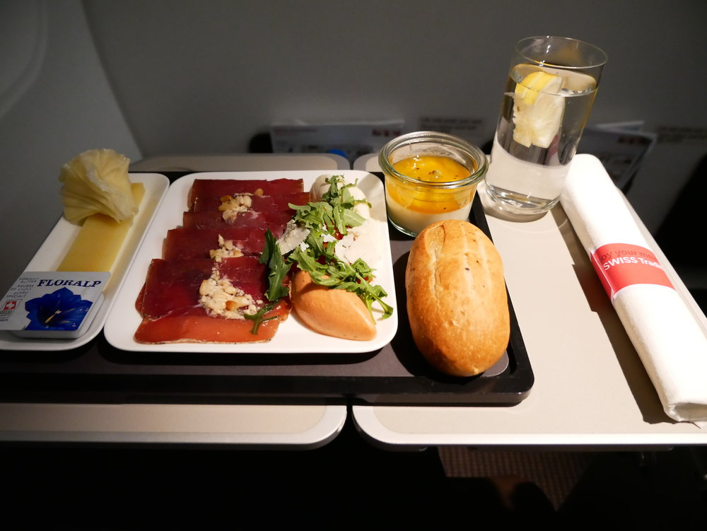 SWISS business meal ZRH-BCN
