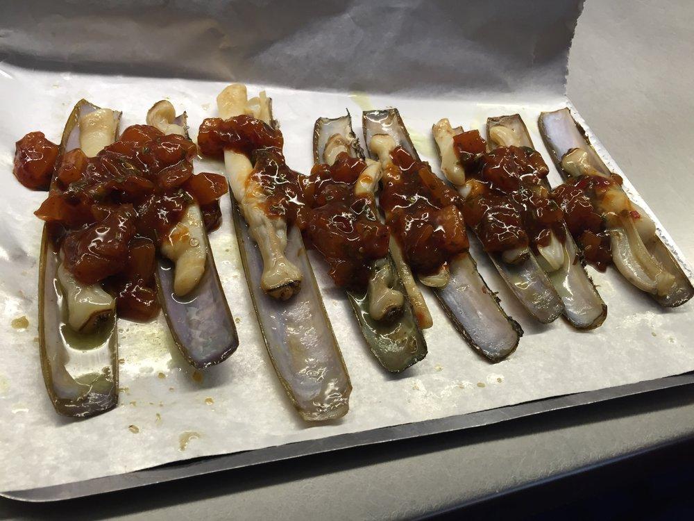 Sala de Despiece razor clams