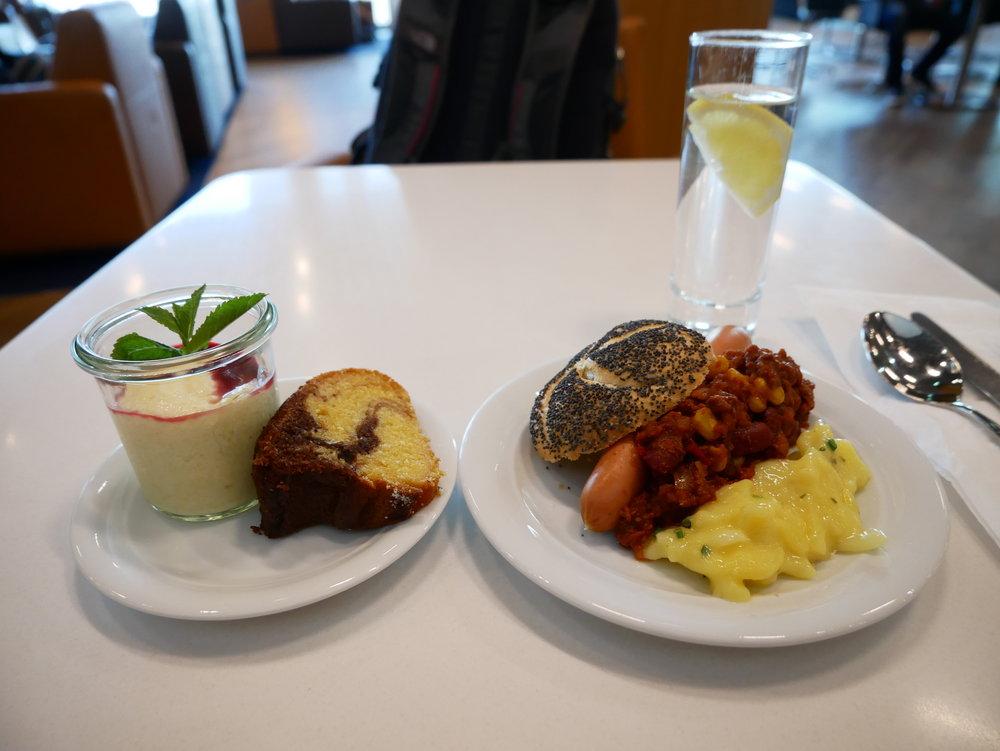 Lufthansa Senator Lounge FRA Schengen dinner