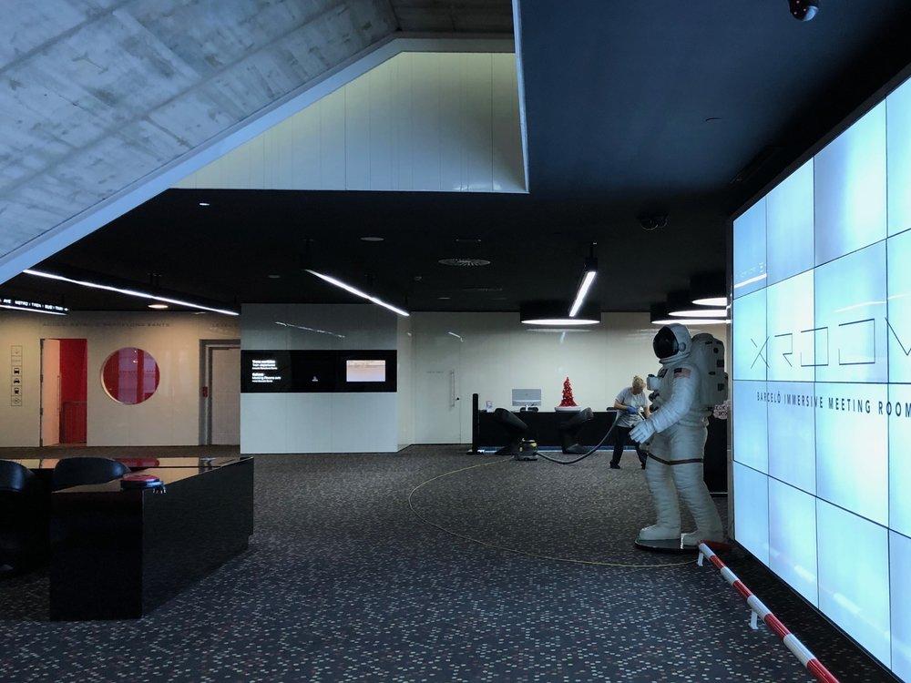 Barcelo Sants astronaut