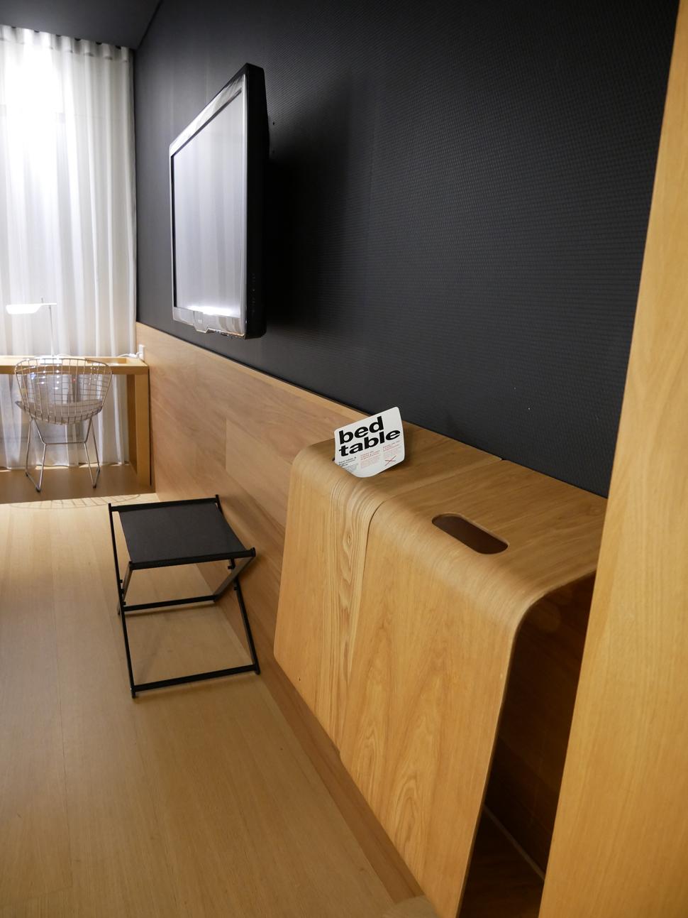 Barcelo Sants lap desk
