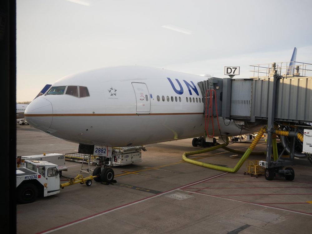 UA 777.JPG