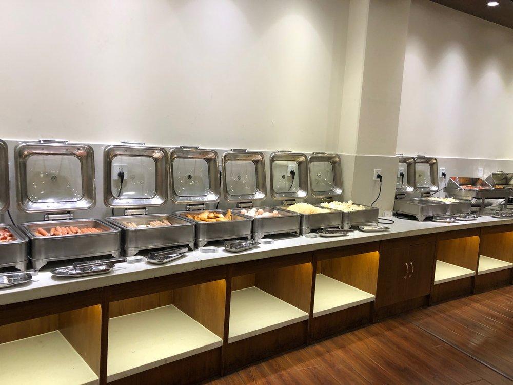 Shanghai Hotel breakfast buffet.jpg